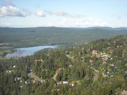 Vanuit Oslo ben je in no-time midden in de natuur, zoals hier bij Holmenkollen.
