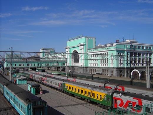 Het treinstation in Novosibirsk, waar we uit de trein gaan om de stad te verkennen.