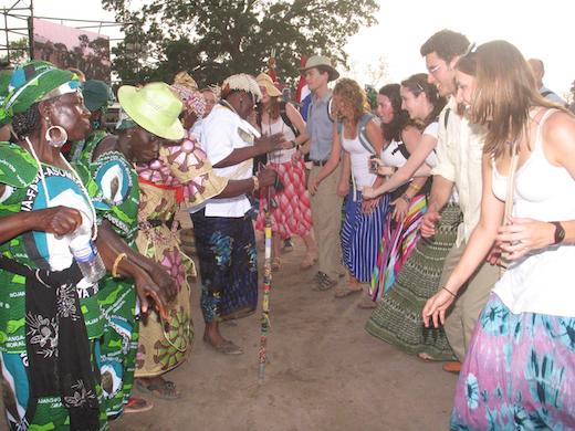 international-roots-festival-gambia-toeristen