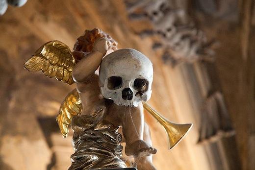 ossuarium-sedlec-engel