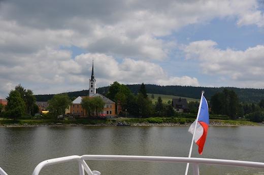 rondbaartboot-frymburk-tsjechie