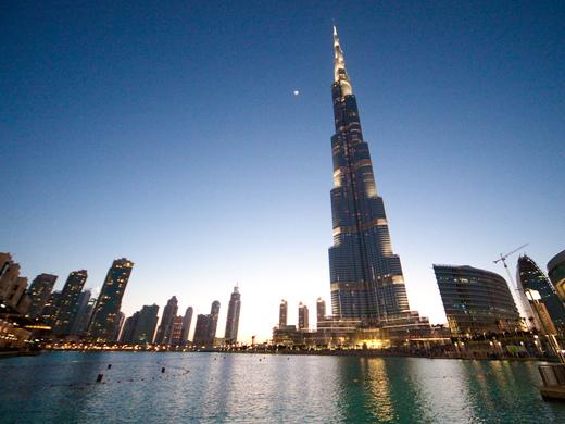 burj-khalifa-dubai-avond