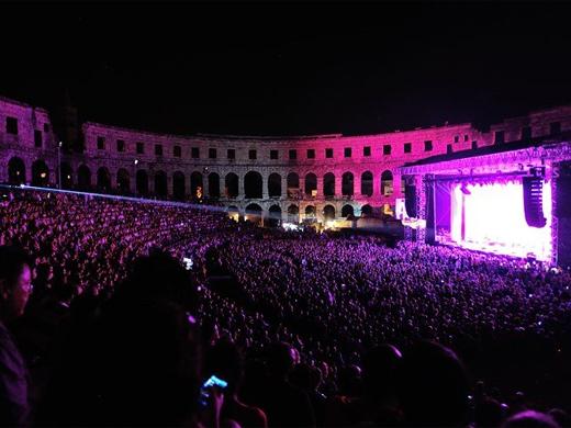 Dimensions Festival in historisch Pula
