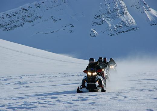 sneeuwscooter spitsbergen